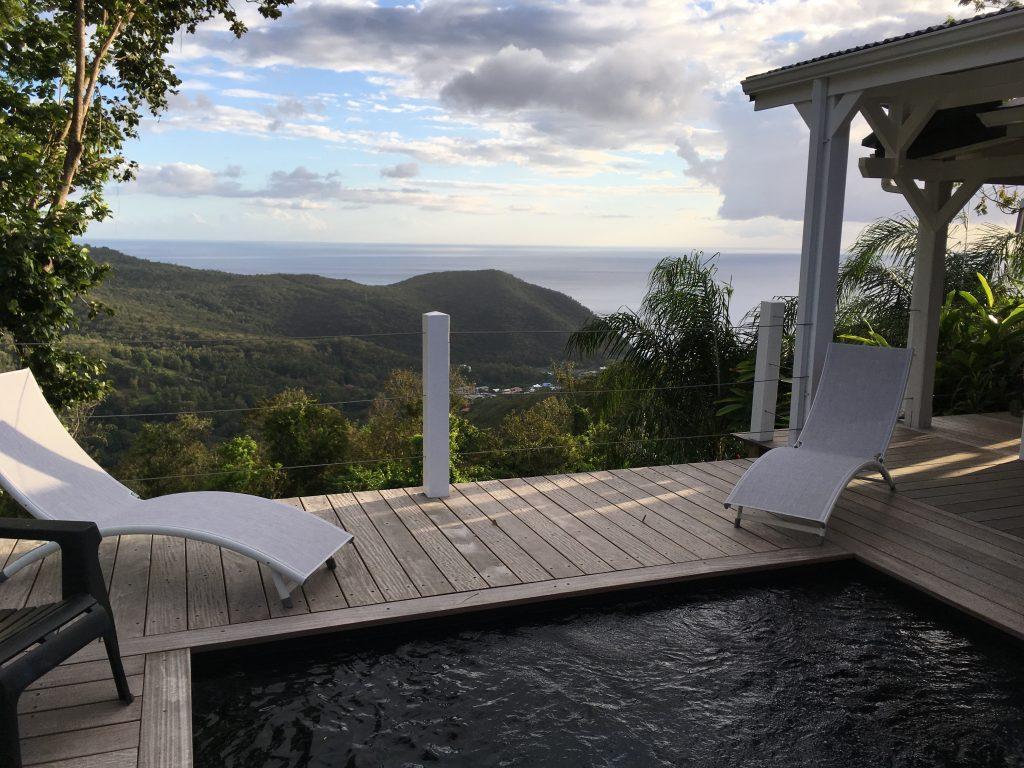 Casa de alquiler con piscina privada y vistas al mar en Guadalupe