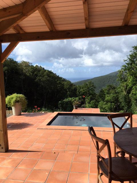 Location de gite avec piscine privée en Guadeloupe